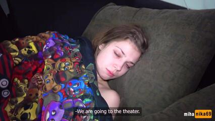 Бро разбудил сестру инцест сексом и ей понравилось!